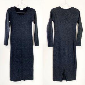 Dresses & Skirts - Long Sleeve Round Neck Maxi Dress